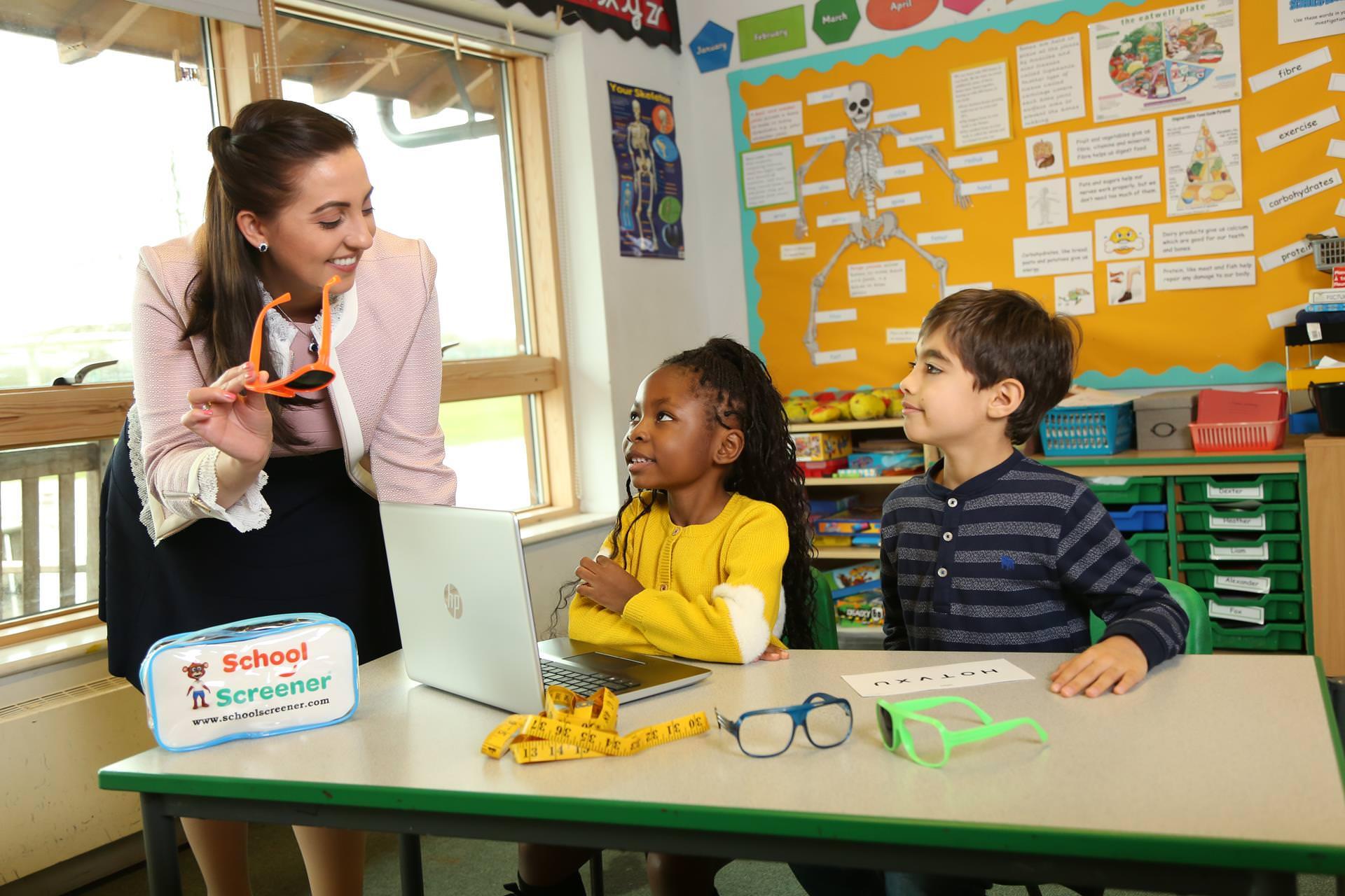schoolscreener_vision_in_school
